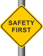 Safety first Schild, falls Nebenwirkungen auftreten